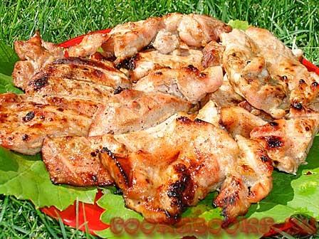 Свинина в медово-горчичном соусе на решётке